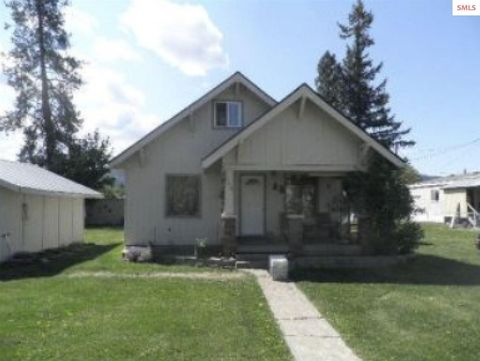 Photo of 340 E Jefferson Ave, Priest River, ID 83856