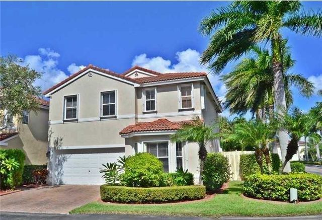 1105 lidflower st hollywood fl 33019 home for sale