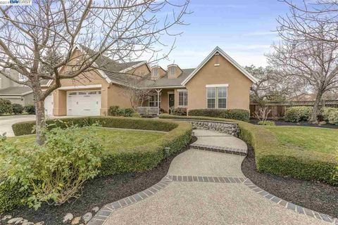 Photo of 2425 French Oak Pl, Livermore, CA 94550