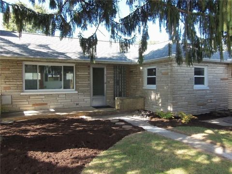 Photo of 340 Kennedy Dr, Medway, OH 45341