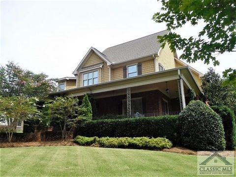 Arcade GA Homes With Special Features