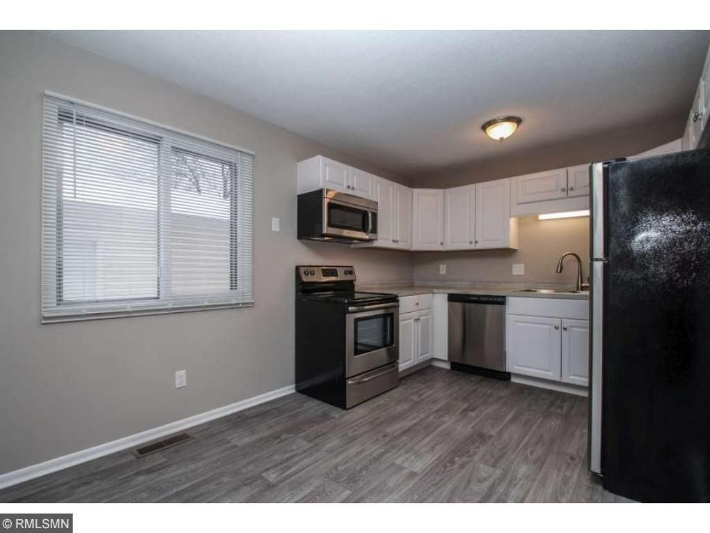 10724 Ilex St Nw, Coon Rapids, MN 55448