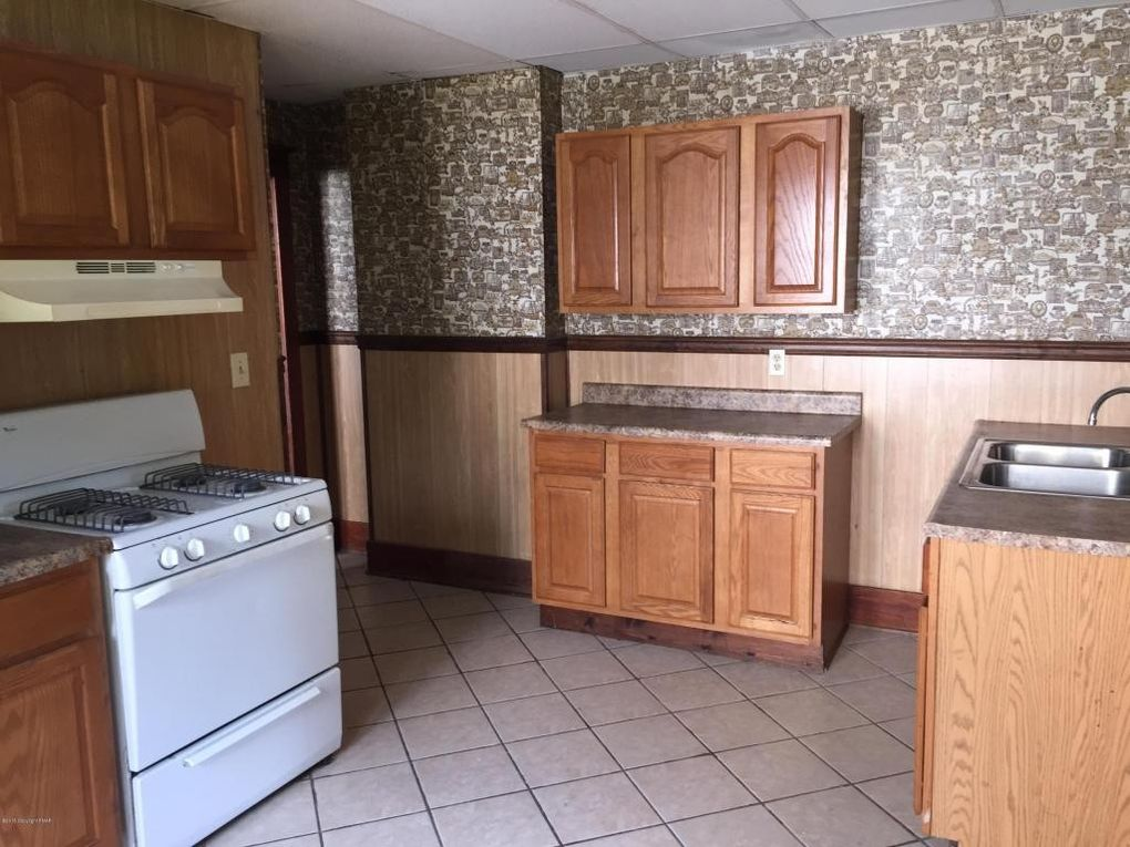 167 State St, East Stroudsburg, PA 18301