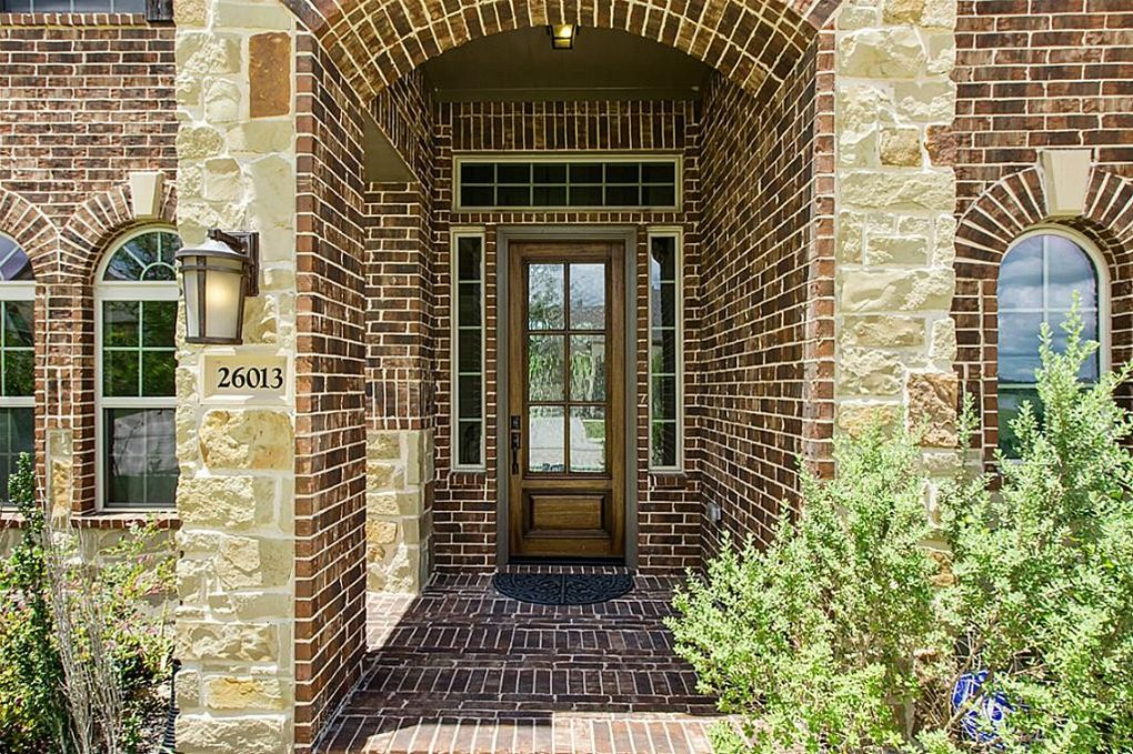 26013 N Kings Mill Ln, Kingwood, TX 77339