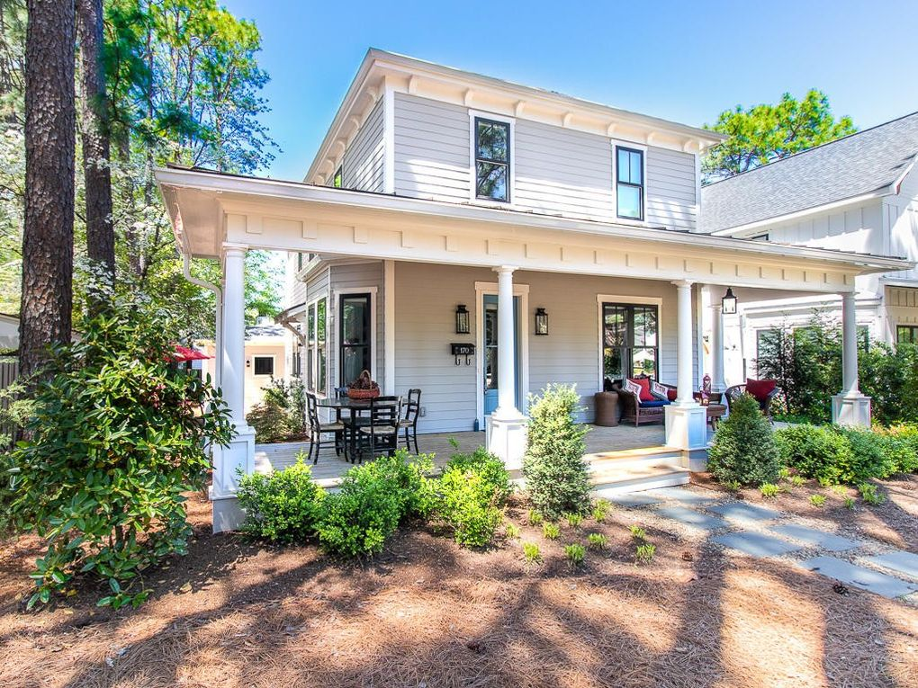 170 E Delaware Ave, Southern Pines, NC 28387