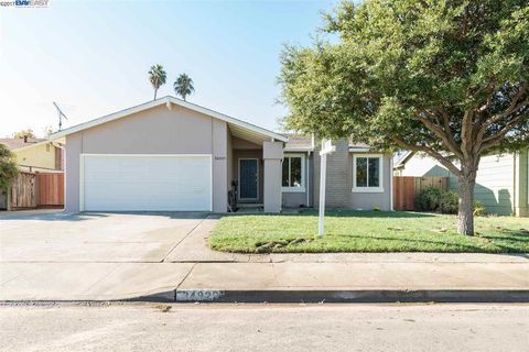 34829 Begonia St Union City CA 94587