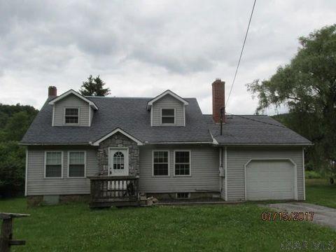 448 Deveaux St, Carrolltown, PA 15722