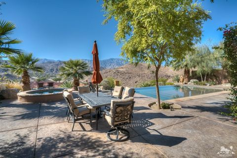 27 Santa Rosa Mountain Ln, Rancho Mirage, CA 92270