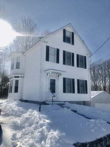 Photo of 19 Mount Auburn St Apt 3, Hopkinton, MA 01748