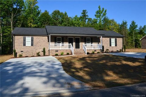 Photo of 3799 Lee Moore Rd, Maiden, NC 28650