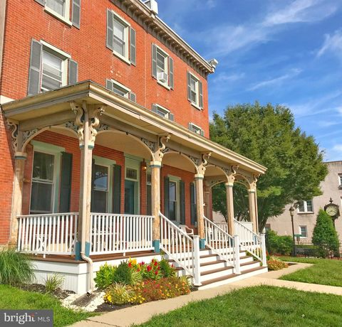 Photo of 117 N Main St, Sellersville, PA 18960