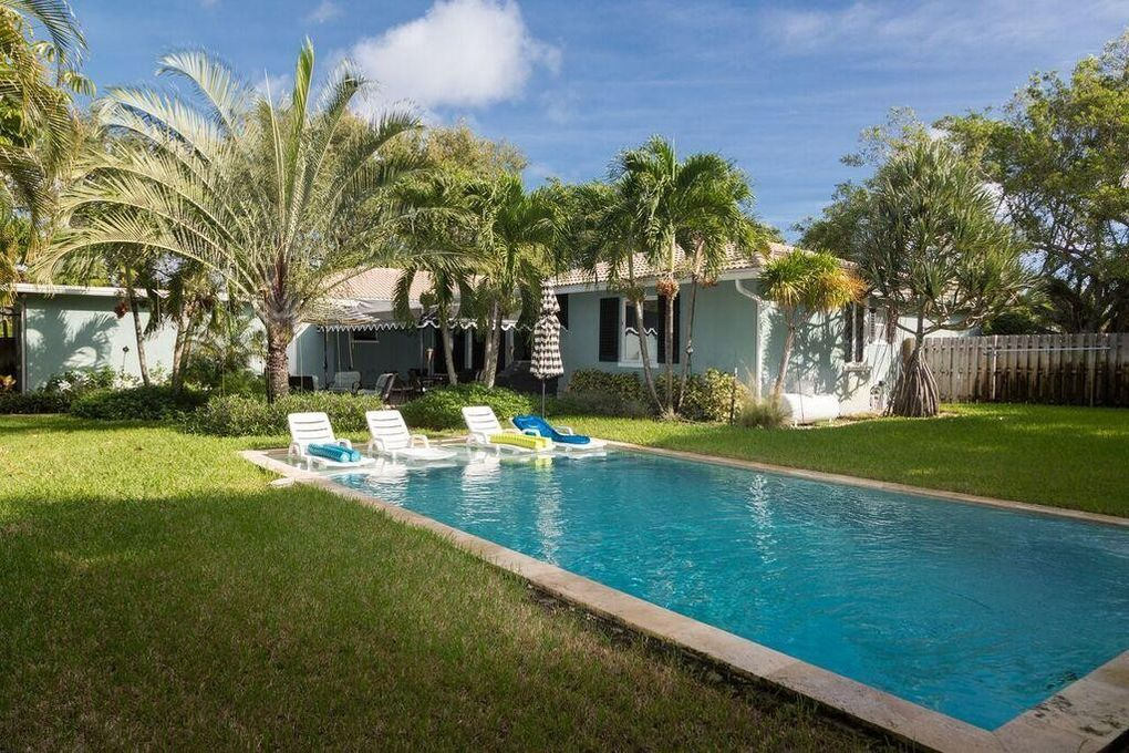 Moving Sale In Delray Beach