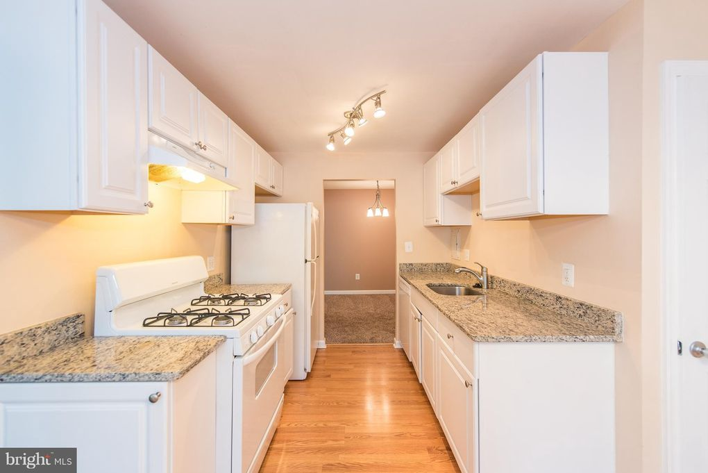 Condo For Rent 8717 Hayshed Ln Apt 24 Columbia Md 21045