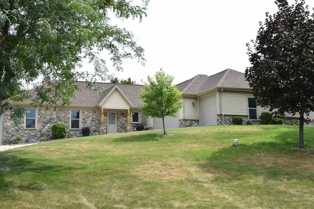 N4628 Old Forest Rd Cambridge, WI 53523