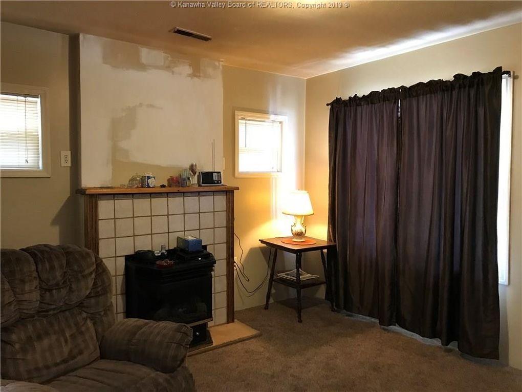 818 Chestnut St, South Charleston, WV 25309