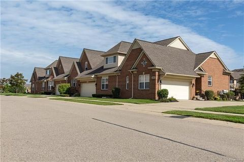 4445 Bridgeview Ln Unit 544, Canton Township, MI 48188