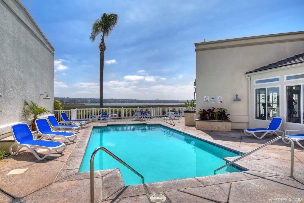 Crown Point Villas San Diego