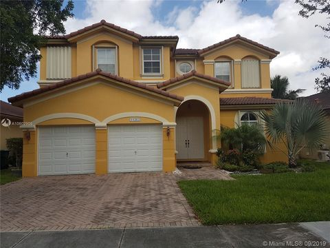 11263 Nw 77th Ter, Doral, FL 33178