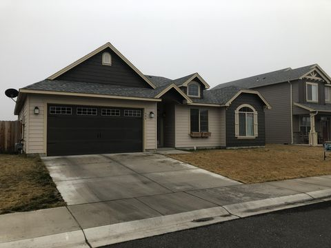 Photo of 906 Crystal Ave, Moxee, WA 98936