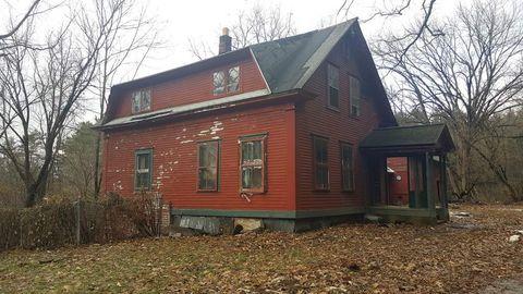 Photo of 165 Sullivan St, Charlestown, NH 03603