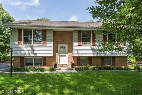4469 Bartholow Rd, Sykesville, MD 21784