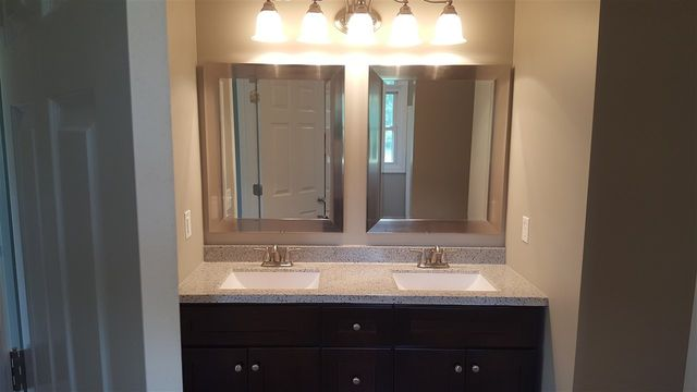 Bathroom Vanities Jackson Tn 167 lohrig rd, jackson, tn 38301 - realtor®