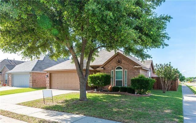 9050 Saranac Trl Fort Worth, TX 76118