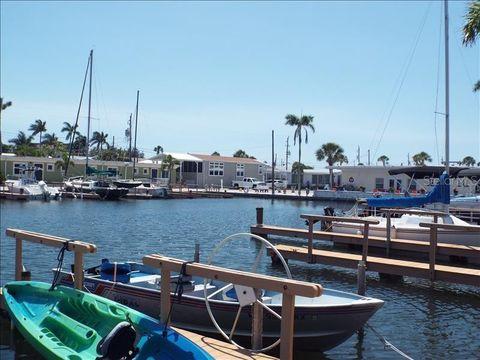 Photo of 121 Twin Shores Blvd, Longboat Key, FL 34228