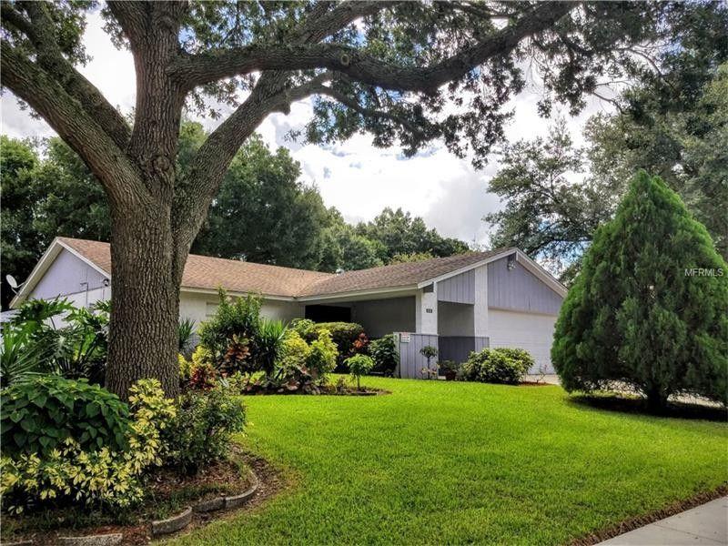 616 Forest Hills Dr Brandon, FL 33510