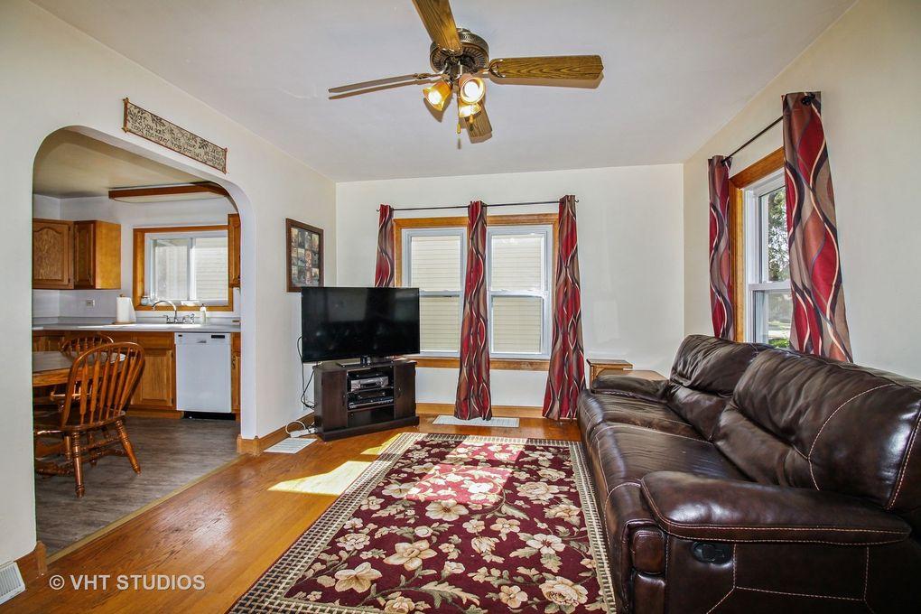 4109 N Park St, Westmont, IL 60559