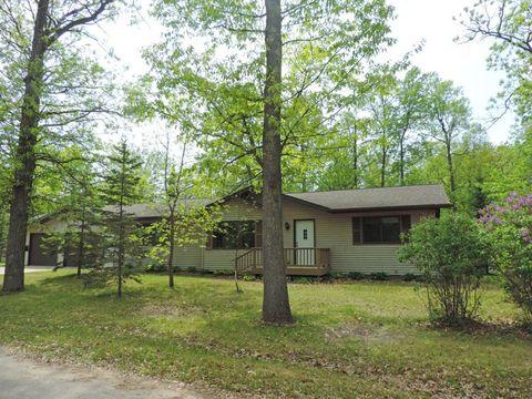 Photo of 309 Birch St S, Hackensack, MN 56452