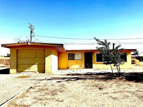 Photo of 8860 Lime Ave, California City, CA 93505