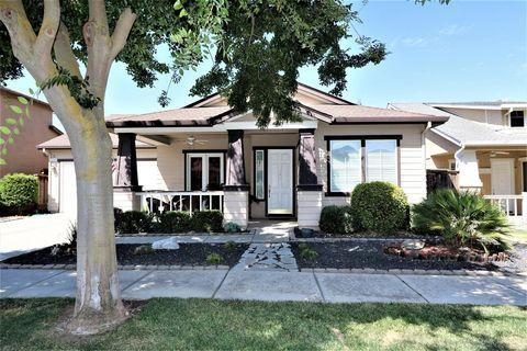 560 Hudson Ave, Oakdale, CA 95361