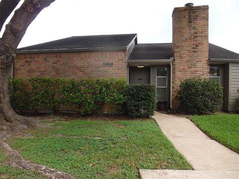11809 Gatlinburg Dr, Houston, TX 77031