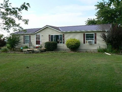 5877 E State Road 56, Winslow, IN 47598