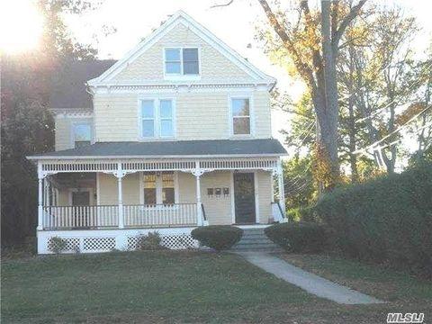 43 W Neck Rd, Huntington, NY 11743