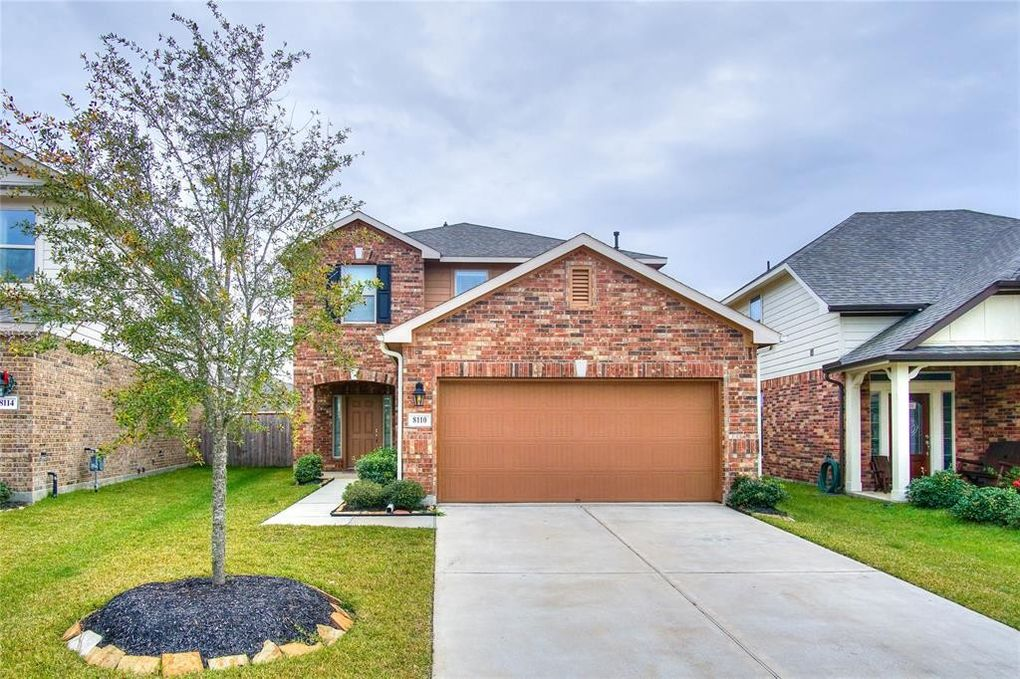 8110 Oxbow Manor Ln Cypress, TX 77433