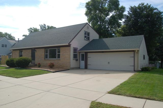 702 w main st kasson mn 55944 home for sale real estate
