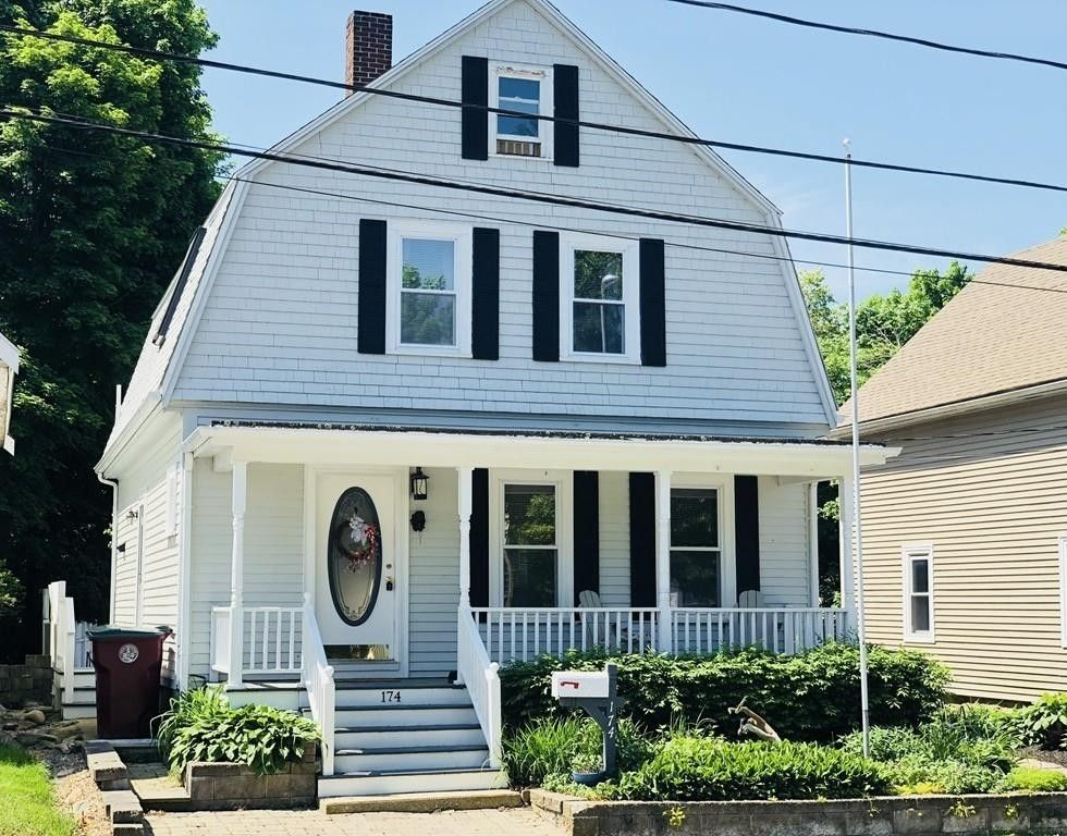 174 Center Ave Middleboro, MA 02346