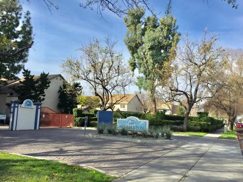 1076 Summerplace Dr, San Jose, CA 95122