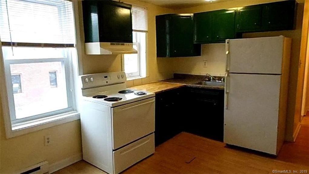 96 Green St Apt 2 C New London Ct 06320 Home For Rent Realtorcom