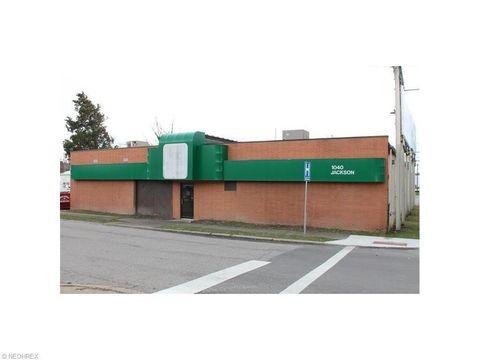 1040 Jackson St, Zanesville, OH 43701