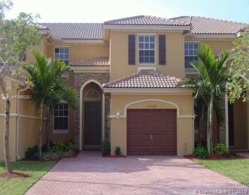 15378 Sw 8th Ln, Miami, FL 33194