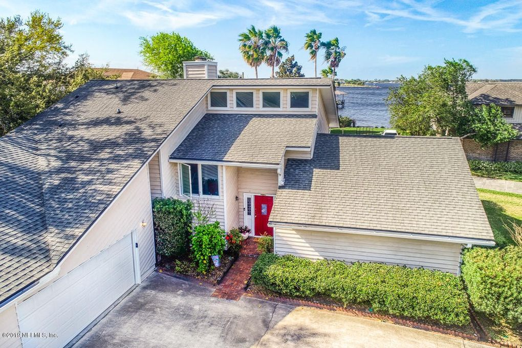 5054 Mariners Point Dr, Jacksonville, FL 32225