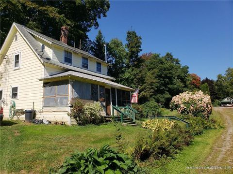 Photo of 28 School St, Wilton, ME 04294