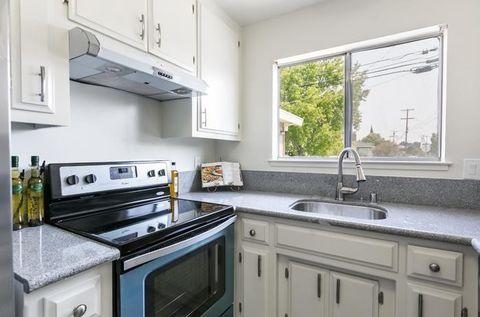 1405 Lenolt St, Redwood City, CA 94063