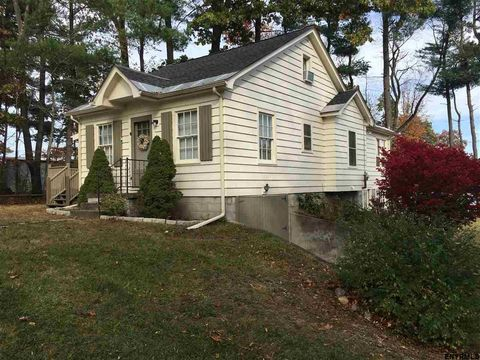 34 The Concourse, Niverville, NY 12130
