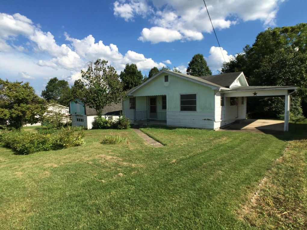 3309 Virginia Ave, Hurricane, WV 25526