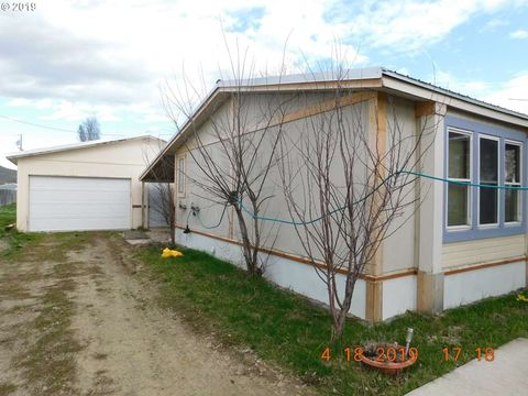 Photo of 610 Amy St, Haines, OR 97833