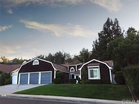 5146 E Greensboro Ln, Anaheim Hills, CA 92807